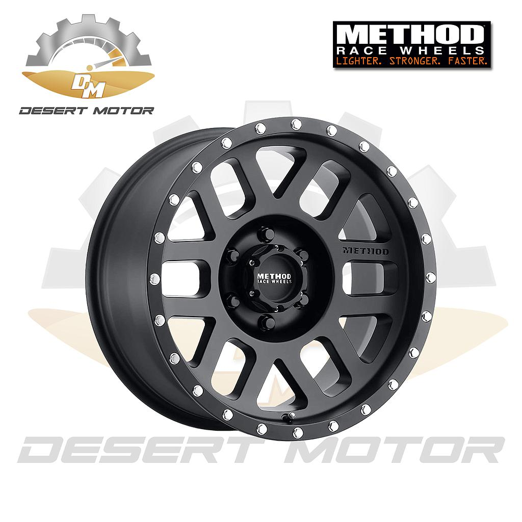 METHOD MESH GMC 306 Black 17x8.5, 6x5.5