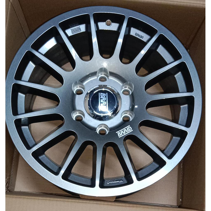 "BRAID Toyota LandCrauiser LC300 17"" Gray New (4 pieces)"